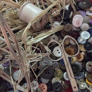 Vintage buttons 100  included 2 wooden spools